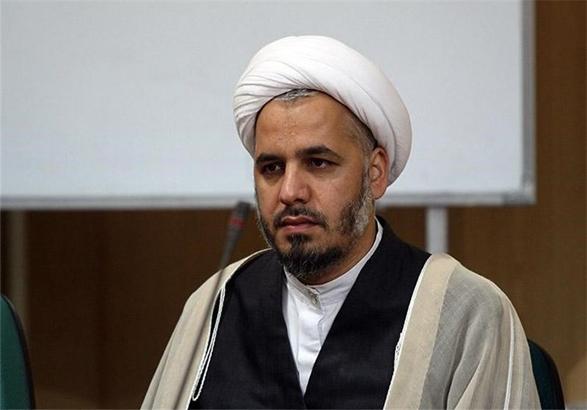 دشمنان در فضای مجازی تبلیغات شوم زیادی علیه ملت ایران می کنند