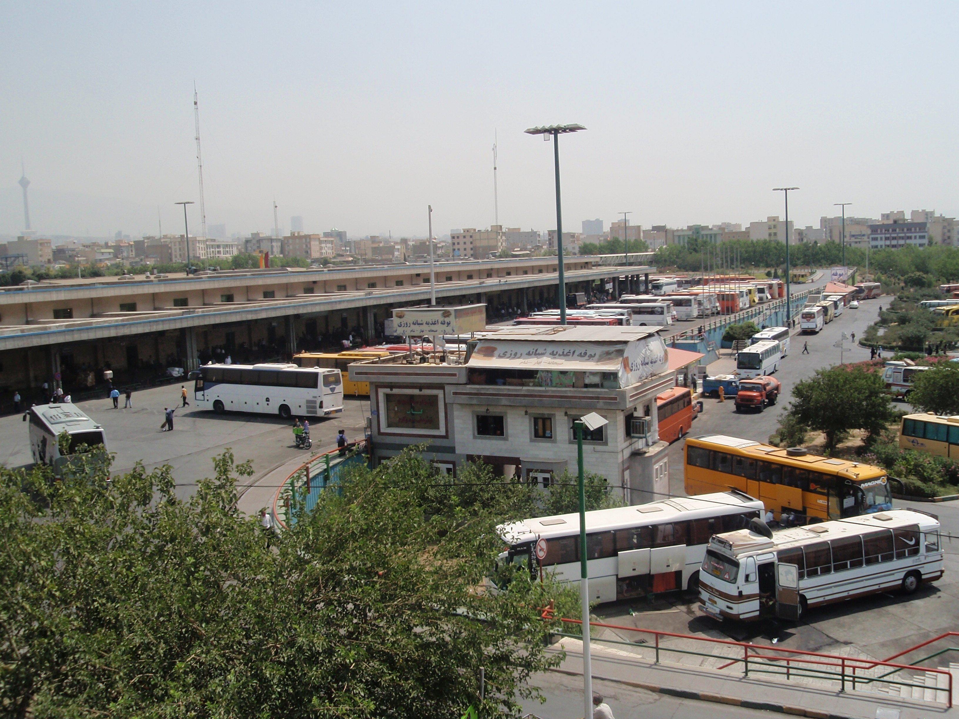 دانشجویان و طلاب ابهر خواستار پاسخگویی مسئولان در خصوص مشکلات حمل و نقل ابهر شدند